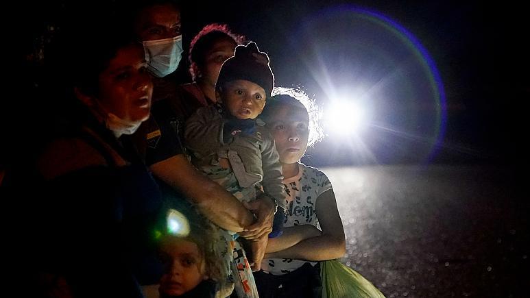Rapor: ABD Meksika sınırında mahsur kalan 3 bin 300 göçmen tecavüze uğradı