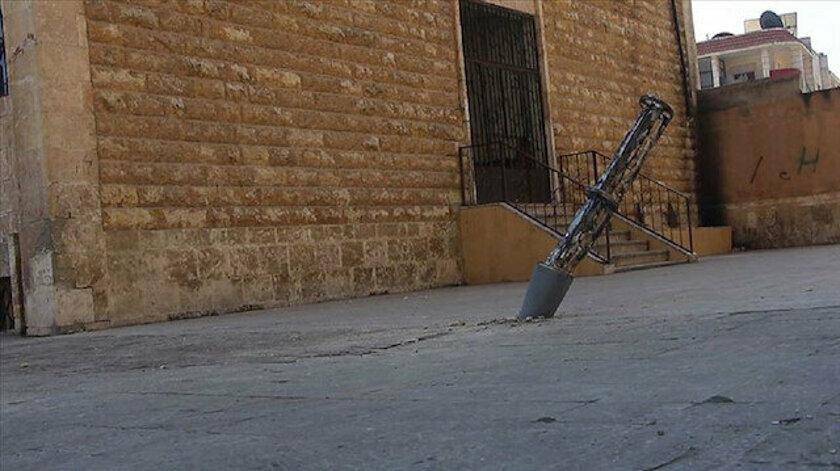 Esed İdlib'deki okullara misket bombasıyla saldırdı