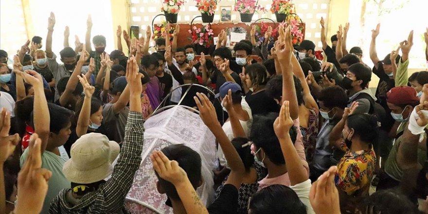 Myanmar'da darbe: 25 kişi daha öldü