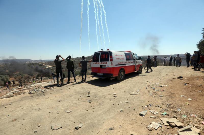 İsrail güçlerinin Filistinlilere gerçek mermili müdahalesinde 411 kişi yaralandı