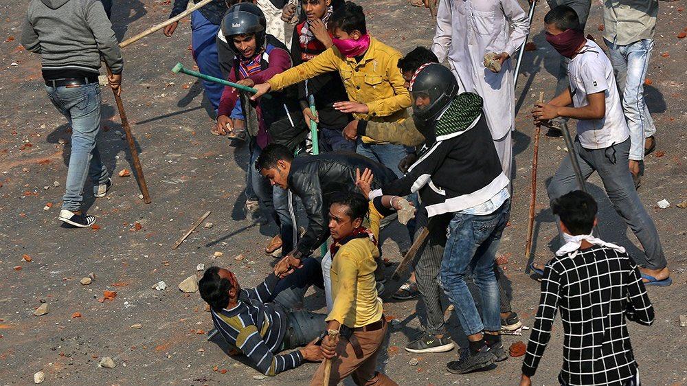 Delhi'de Müslüman katliamı! Ölü sayısı 35'i geçti