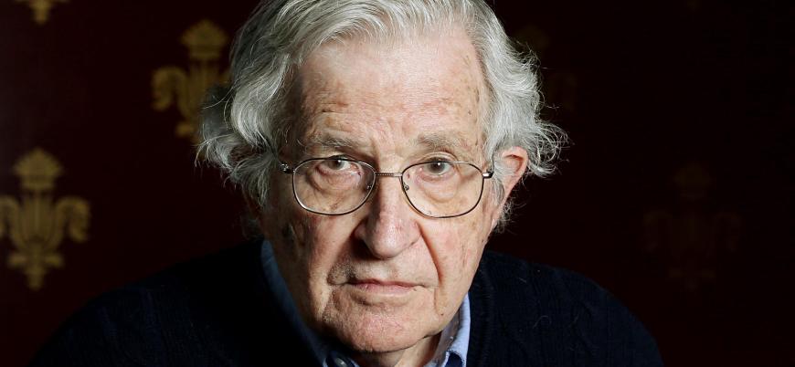 Chomsky: İslam, Batı'nın bin yıllık kökleşmiş korkusudur