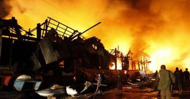Halk elektrik faturalarını ödemek için sırada beklerken bomba patladı