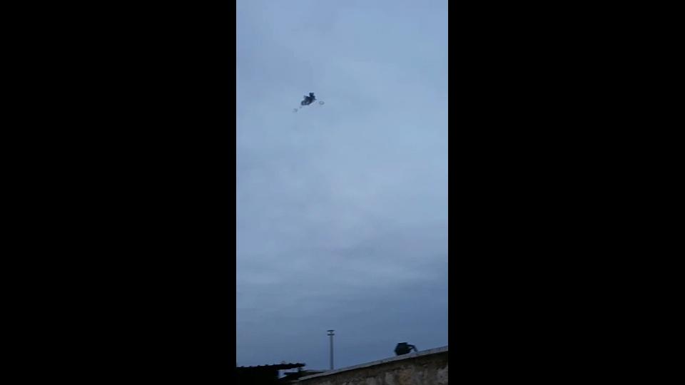 Casus Uçak Indirildi