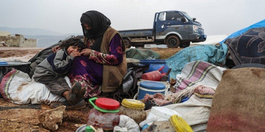 Saldırılar Nedeniyle 13 Bin Sivil Daha Türkiye Sınırına Göç Etti