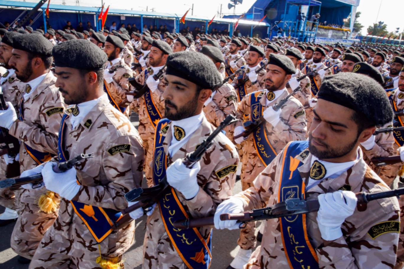 Virüs İran Devrim Muhafızları'nın komuta kademesini vurdu