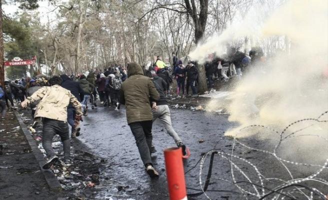 Yunan sınır polisi yine ateş etti