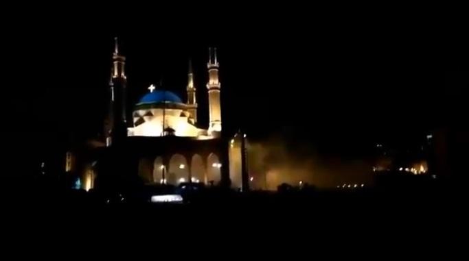 Lübnan Ordusu  Camiye Saldırdı