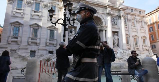 İtalya'da bir günde 250 kişi öldü