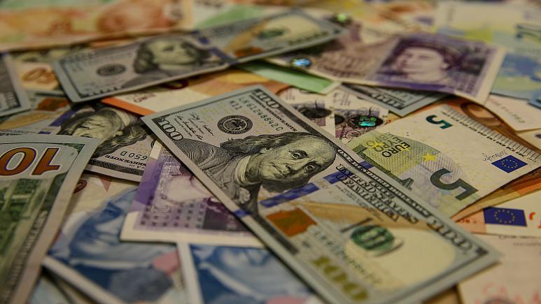 Dolar niçin yükseliyor ?