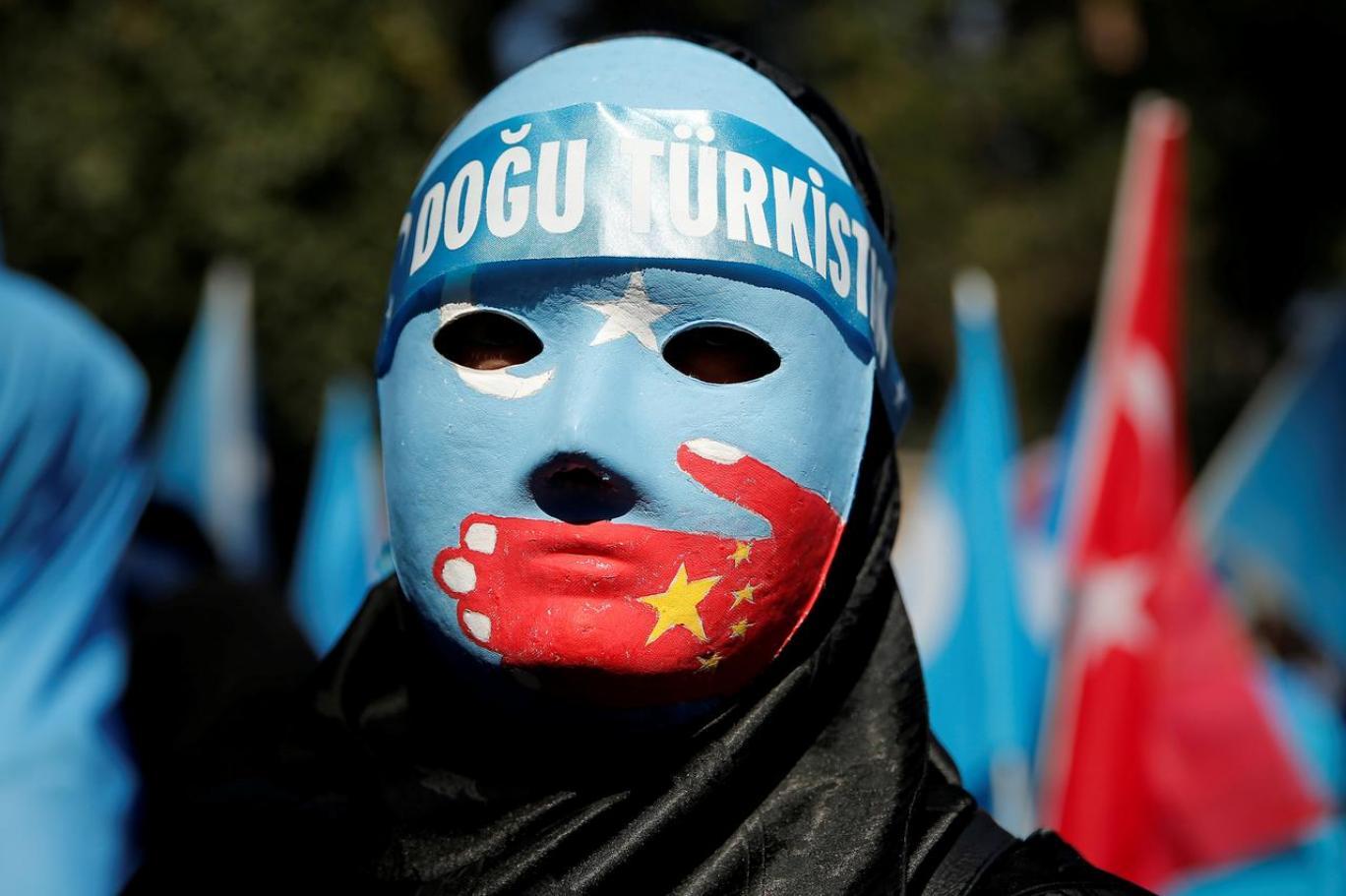Devlet virüsü Uygur bölgelerine yaydı