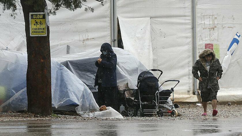 Yunanistan'da mülteciler için tehlike büyüyor