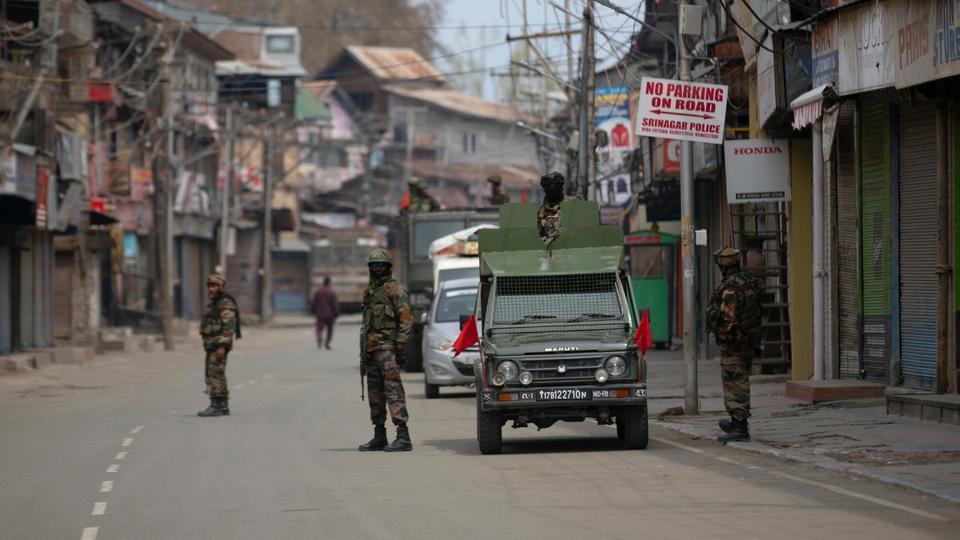 Cammu Keşmir'de güvenlik güçleri ve direnişçiler çatıştı: 8 ölü
