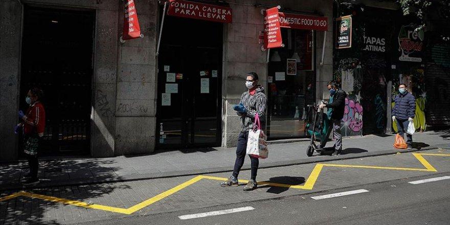 İspanya'da Hayatını Kaybedenlerin Sayısı 15 Bini Aştı