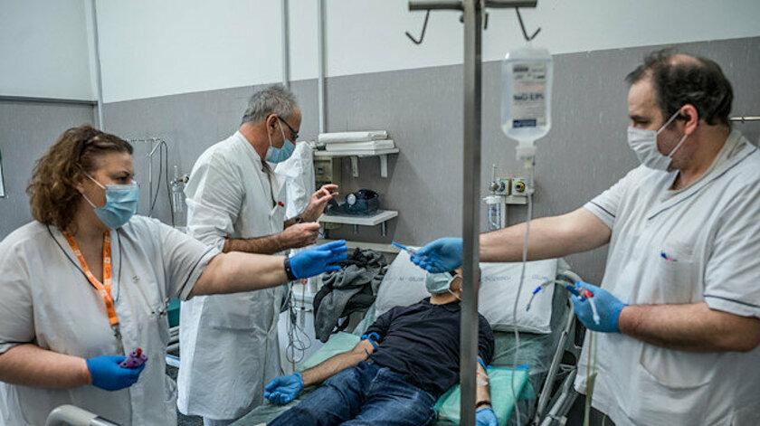 İtalya'da 107 doktor koronavirüs nedeniyle öldü.