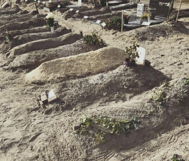 Bir mezar için 10 bin Euro istiyorlar