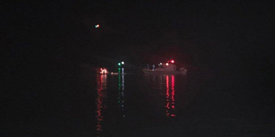 Çeşme'de Göçmenleri Taşıyan Tekne Battı: 11 Ölü