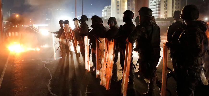 Lübnan'da Hizbullah destekli yeni hükümet öfkeyle karşılandı