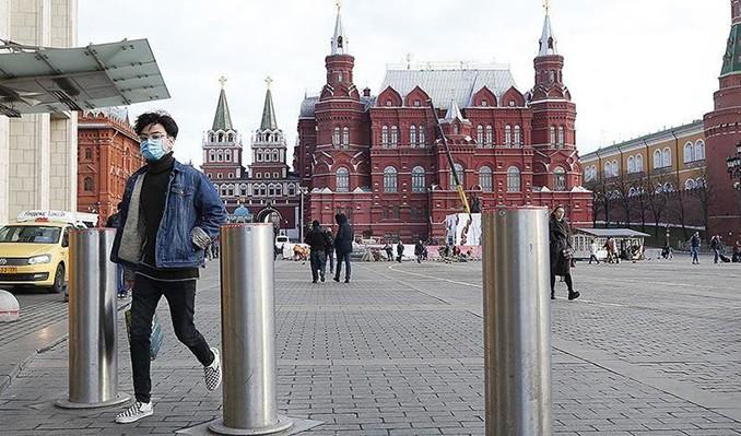 Rusya'da vaka sayısı rekor düzeyde arttı
