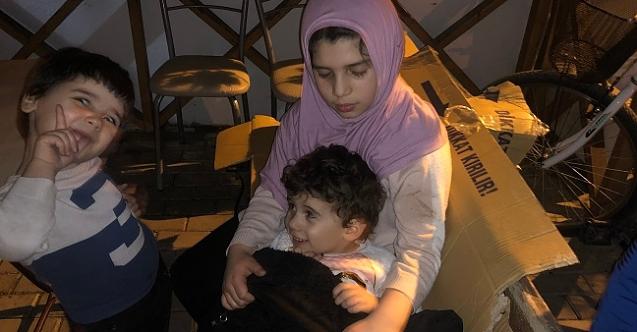 Suriyeli 4 çocuk sokakta kaldı