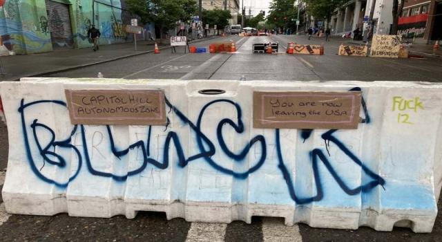 Amerika'da göstericiler 'Seattle şehrini ele geçirip, özerklik ilan etti.