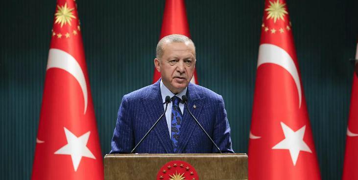 Erdoğan'dan LGBTİ uyarısı : Manevi değerlerimize saldırıyorlar