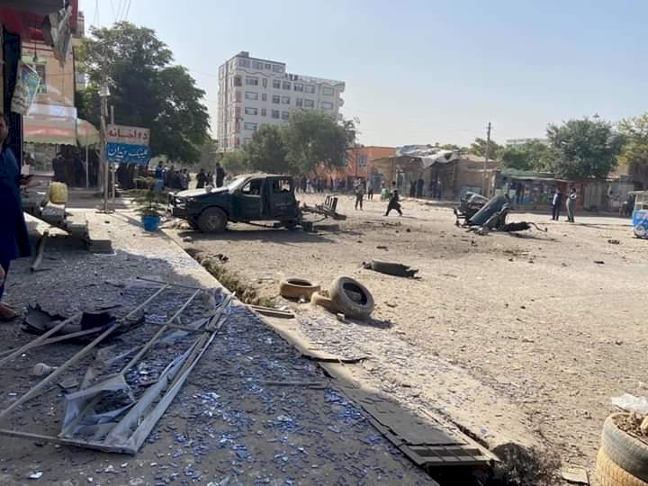 Afganistan'da emniyet müdürlüğüne bombalı araç saldırısı