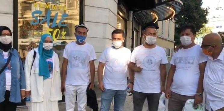 Doğu Türkistanlılara tişörtünü ters giydirme emrini kim verdi ? (Video Haber)