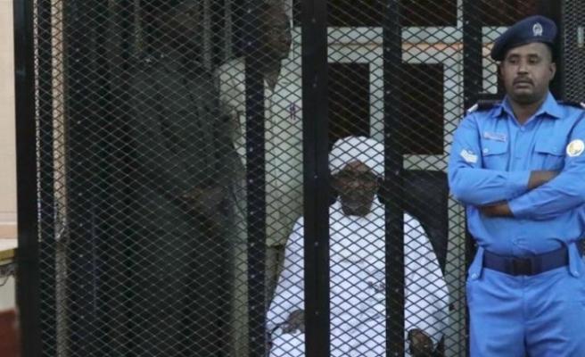 Eski Sudan Cumhurbaşkanı, 5. kez hakim karşısında