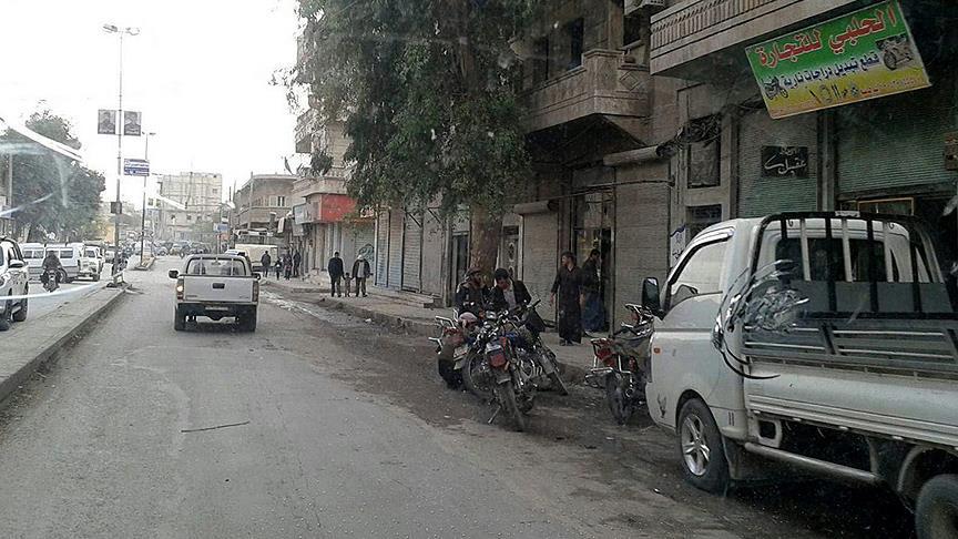 PKK Münbiç'te eczaneleri kapatıyor