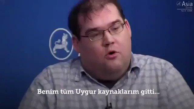 Doğu Turkistan anılarını ağlayarak anlattı