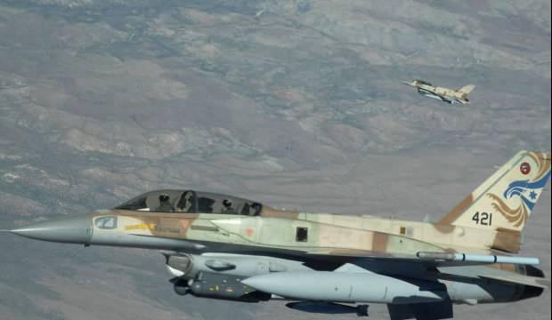 İsrail savaş uçaklarından Şam'a hava saldırısı: 12 İran askeri öldü