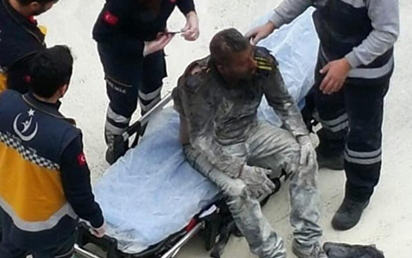 """""""ÇOCUKLARIM AÇ"""" DEDİ KENDİNİ YAKTI"""