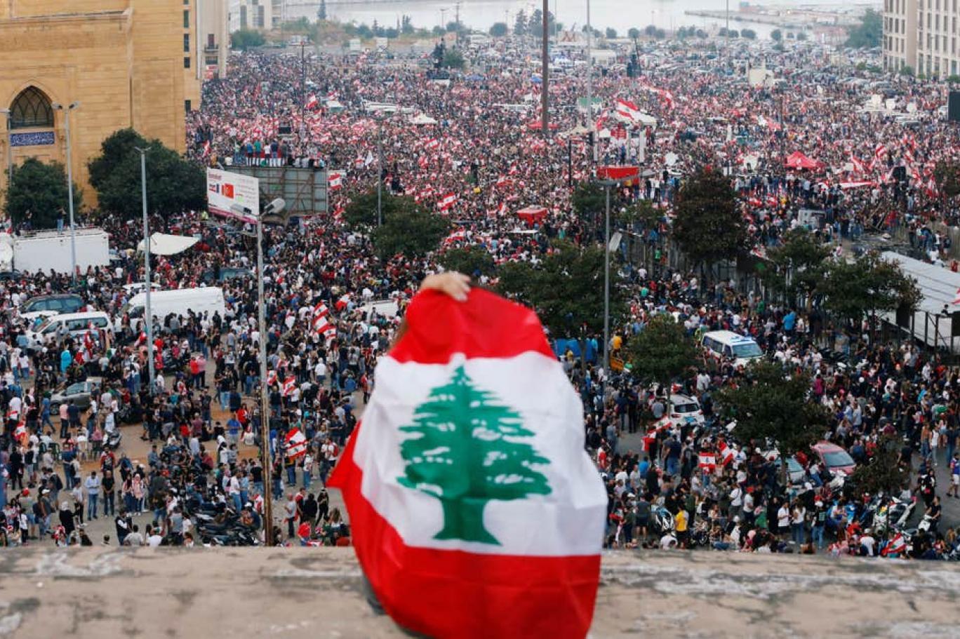 Lübnan devrimi sokaklara geri döndü