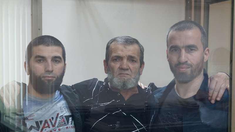Kırım'dan kaçırılan 3 Kırım Tatar için Rus mahkemesi 48 yıl hapis cezası verdi