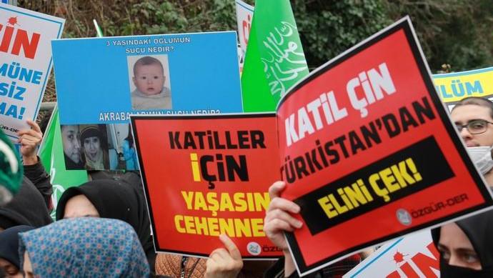 Doğu Türkistanlılar'ın Çin Konsolosluğu'ndaki direnişine Özgür-Der'den destek