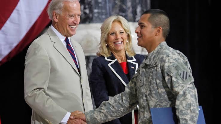 Joe Biden yasağı kaldırdı: Eşçinseller ABD ordusunda görev alabilecek