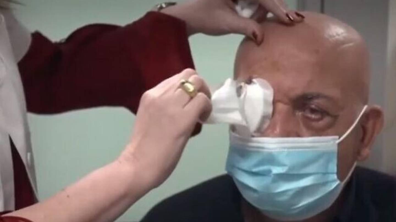 Dünyada bir ilk: 78 yaşındaki görme engelli, yapay kornea nakli ile yeniden görmeye başladı