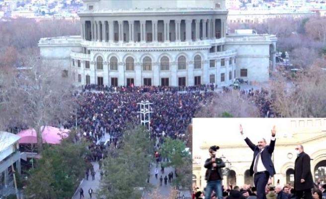 Ermenistan'da darbe girişimi: İktidar ve muhalefet yanlıları birbirlerine saldırdı