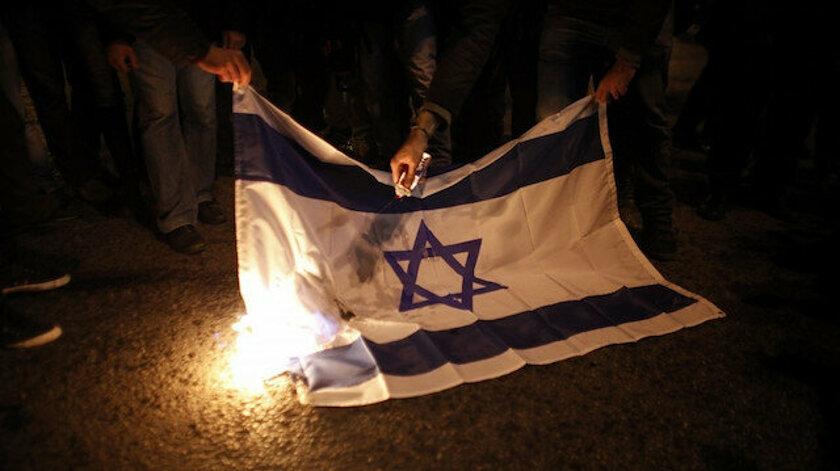 İsrail Bayrağı Yakmanın Bedeli; 3 Yıl Hapis