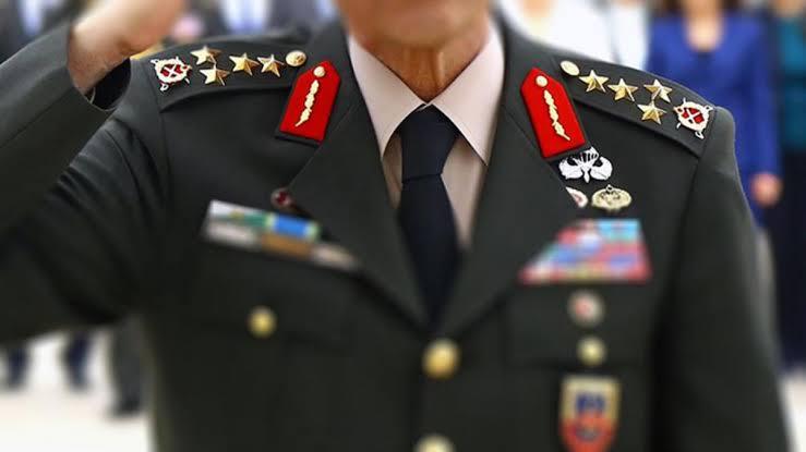 Montrö Bildirisine imza atan 7 emekli amiralin evinde arama