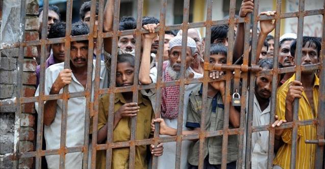Myanmar'da cezaevleri boşaltılıyor
