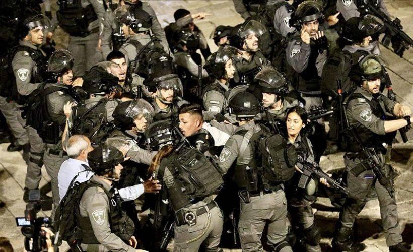 Doğu Kudüs'te teravih sonrası ses bombalı müdahale