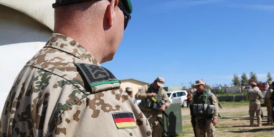 Almanya askerlerini 4 Temmuz'da Afganistan'dan çekiyor