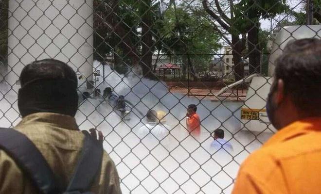 Hindistan'da Covid-19 hastalarının oksijeni kesildi: 22 ölü