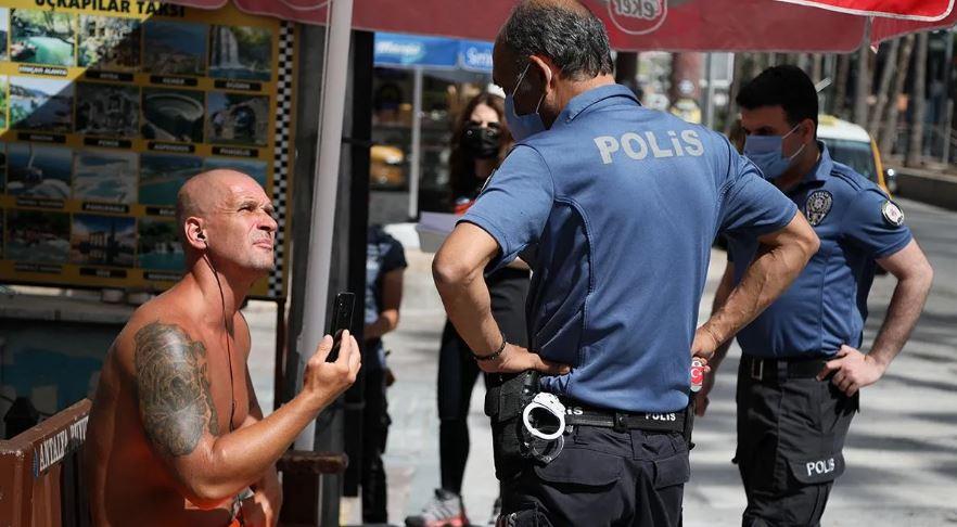 Kadın polise ahlaksız teklifte bulunan turist serbest bırakıldı