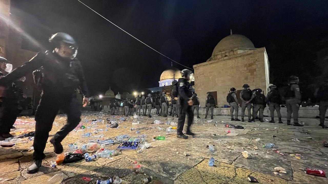 Siyonist İsrail dünyanın gözü önünde terör saldırılarını sürdürüyor
