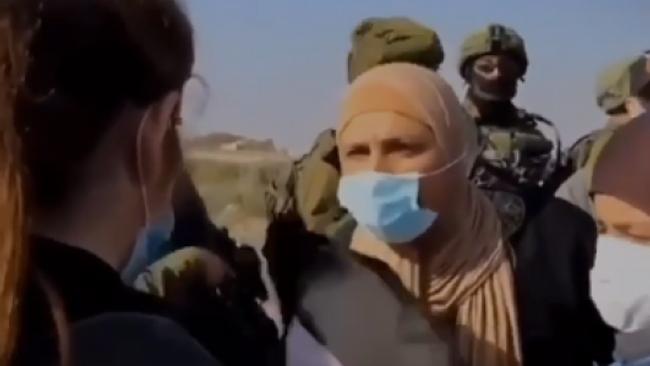 Filistinli kadın İsrail polisine ve Netanyahu'ya meydan okudu