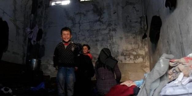 Savaştan kaçan 75 aile hapishaneye sığındı