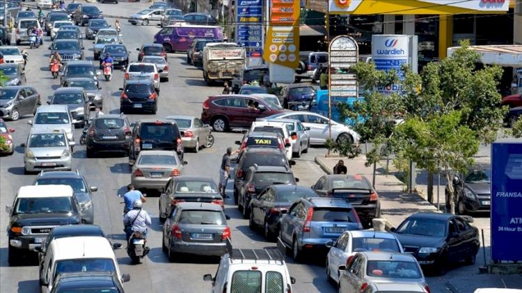 Lübnan'da 'akaryakıtın tümüyle tükenmek üzere' olduğu uyarısı